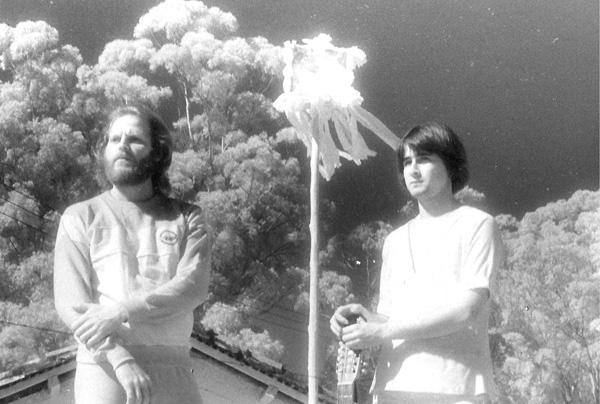 Edu Passeto & Gui Tavares - Noite que Brincou de Lua [1981]