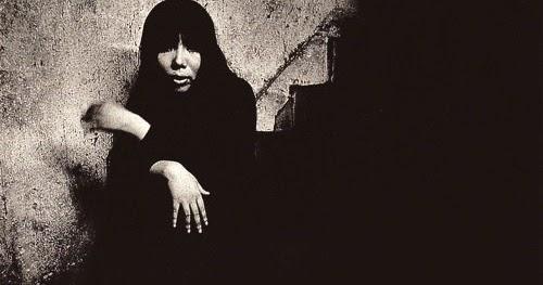 Manyshadesofmusic - Maki Asakawa