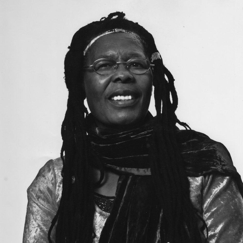MANYSHADESOFMUSIC: Stella Chiweshe